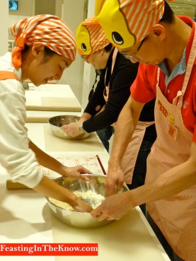 Kneading ramen dough
